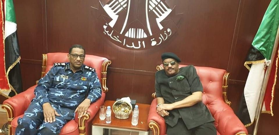 رئيس الهلال يزور وزير الداخلية بمكتبه