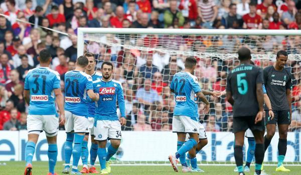 مواجهات خطيرة في مباراة نابولي وليفربول