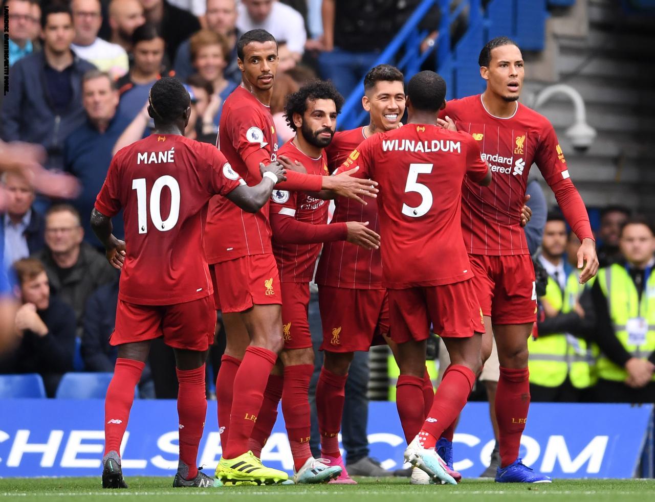 ليفربول يحافظ على صدارة الدوري