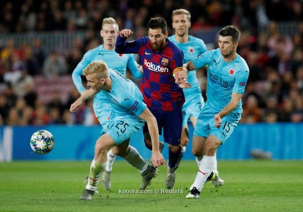 برشلونة يتعثر بالتعادل امام سلافيا