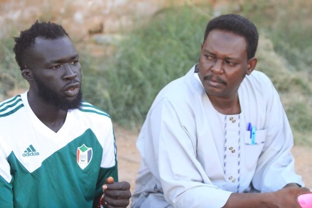 شيبوب يشارك في تدريبات المنتخب ويكمل عقد لاعبي الخارج