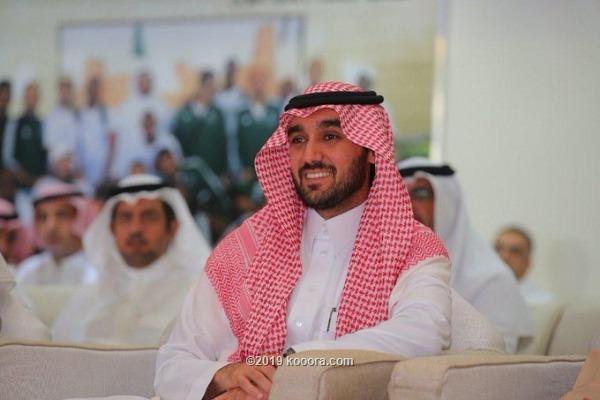 الامير عبد العزيز يشيد بفوز الهلال