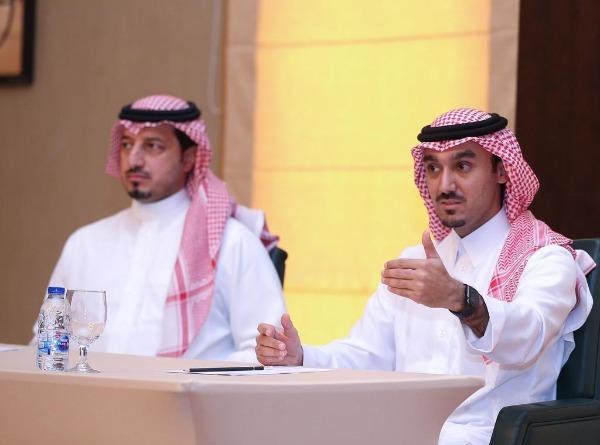 رئيس هيئة الرياضة السعودية يهنيء المنتخبات بالوصول لٱسيا