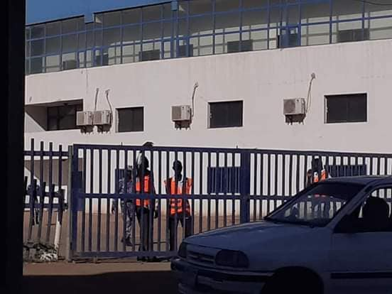 عاجل..الشرطة تطوق استاد الهلال وتمنع اولتراس من اجراء بروفة القمة