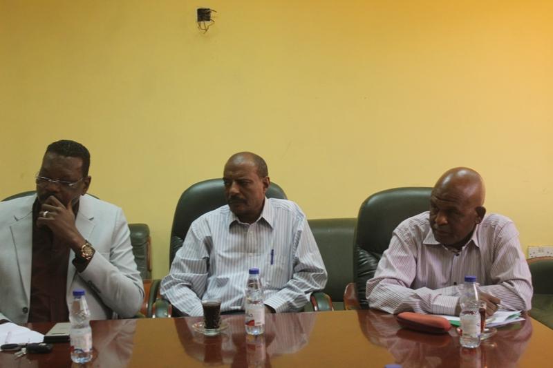 اللجنة المنظمة تصدر ضوابط مشددة لمباراة القمة وتعلن فئات المباراة
