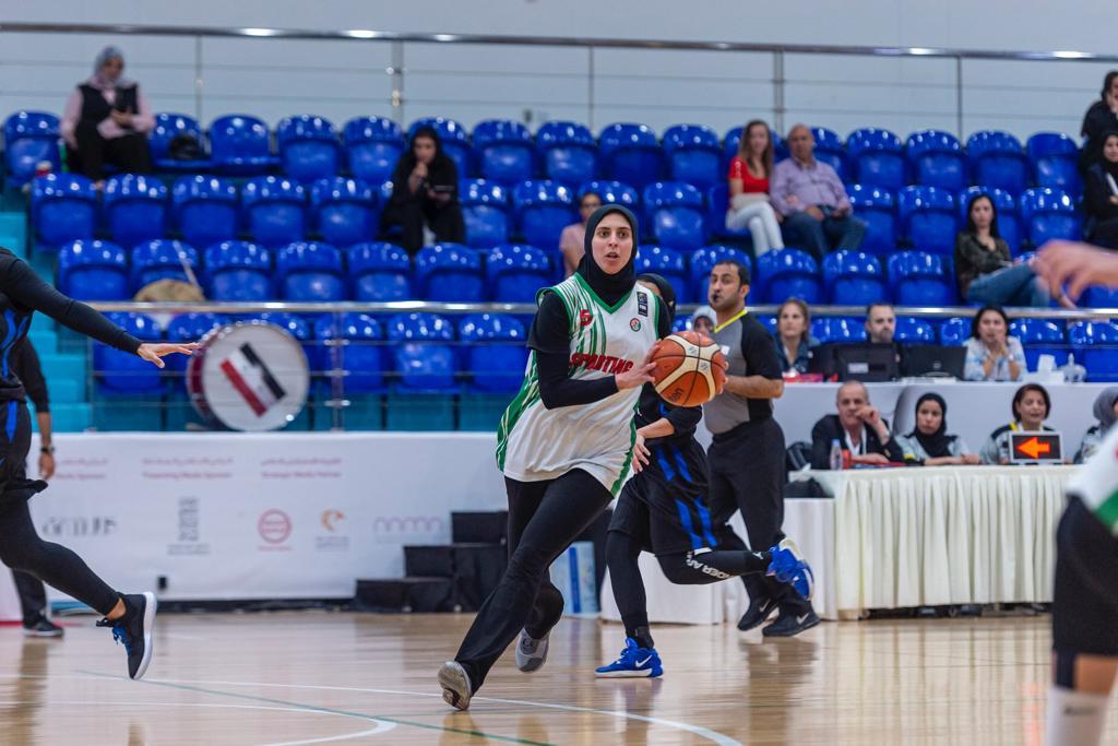 بحصولهنّ على 9 ميداليات ملونة في ختام المنافسات ..لاعبات الإمارات يسيطرن علي فردي وفرق المبارزة