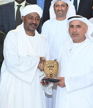 الاتحاد  يُكلِّف اللواء عامر والأمانة العامة بمراجعة استادات السودان
