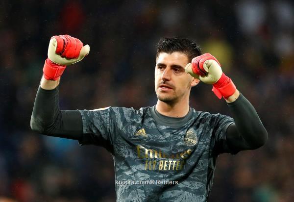 قاد فريقه بنجاح للفوز كورتوا يتوهج في ليلة إسقاط برشلونة