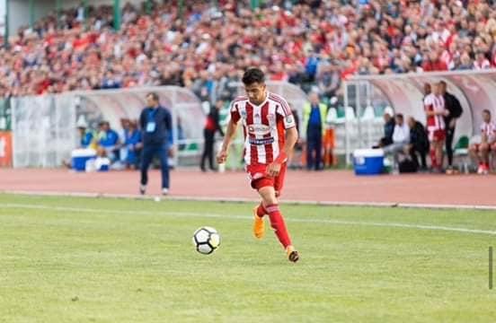 ياسين حامد أول لاعب من الدوريات الأوروبية ينضم إلى «صقور الجديان»
