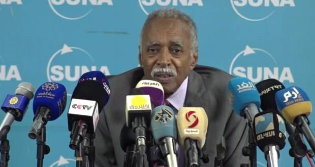 التربية تؤجل امتحانات الشهادة السودانية لأجل غير مسمى