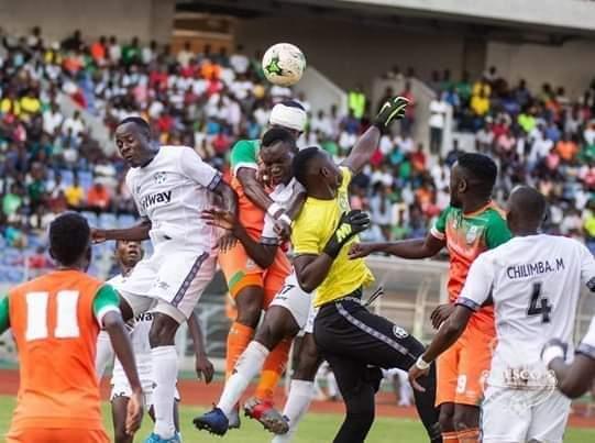الاتحاد الزامبي يقلص اللاعبين الاجانب
