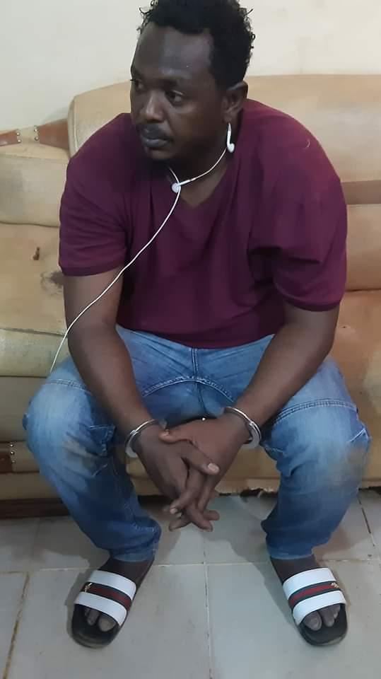 بعد كثرة الشكاوي ضده القبض على عضو لجنة مقاومة بشرق النيل بتهمة الرشوة