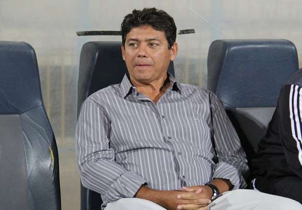 مدرب الهلال السابق ريكاردو يصل القاهرة لقيادة الإسماعيلي