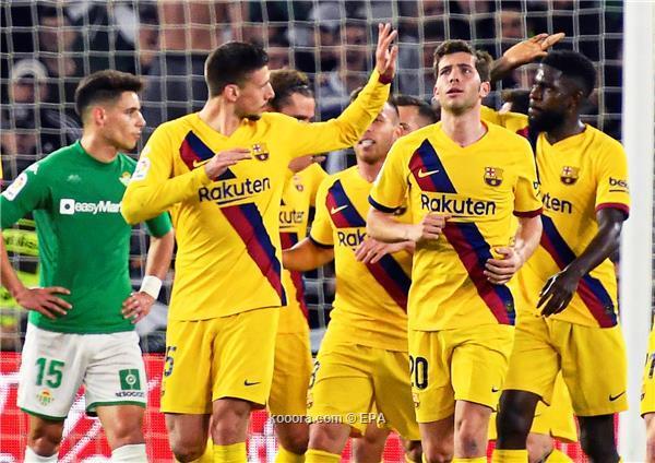 الصراع يشتعل على لاعب برشلونة اومتيتي