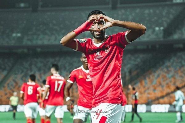 الأهلي المصري يستعرض بثلاثية ويتخطى الوداد إلى نهائي الأبطال