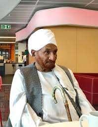 الواثق البرير  الأمين العام لحزب الأمة: حالة الإمام الصادق المهدي مستقرة