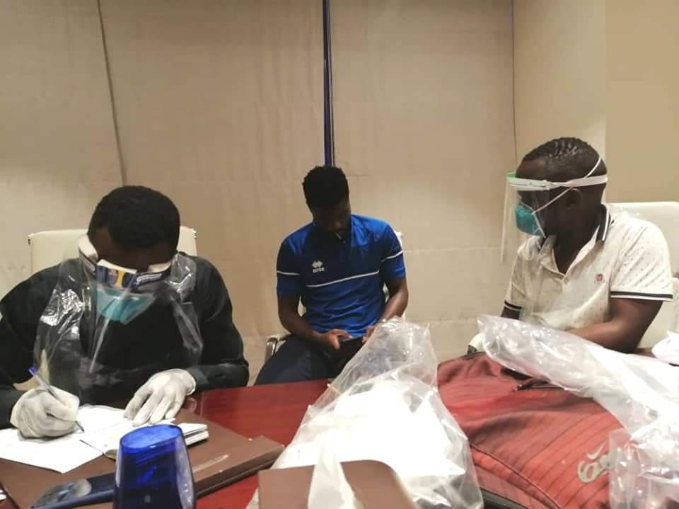 الإتحاد الأفريقي يلزم بعثة الهلال لفحص كورونا بأوغندا