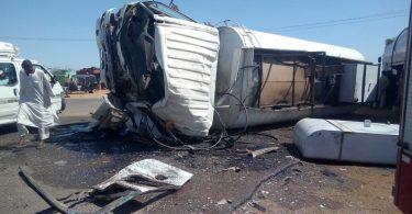 بالقرب من المحلج .. وفاة وإصابة (22) شخص في حادث مروري بكوست..