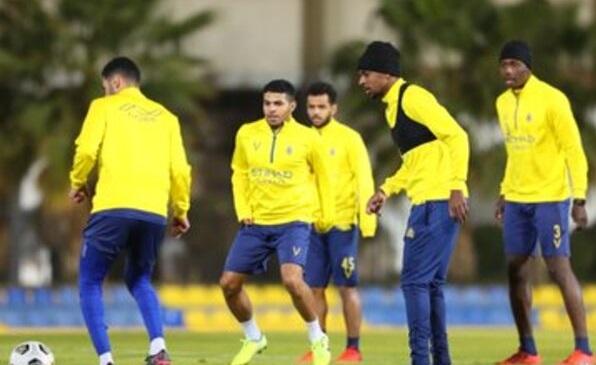 عبد الفتاح عسيري يعود للمشاركة مع النصر