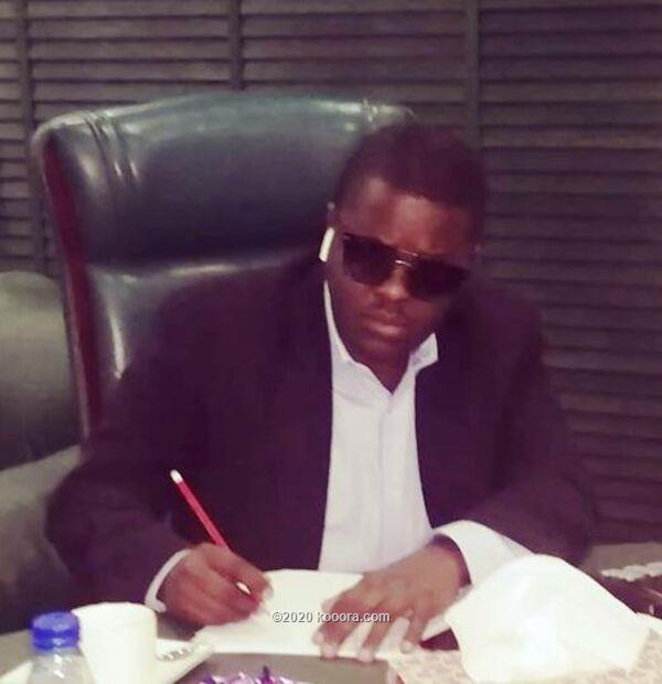 مكتب سوداكال بأوغندا يسلم النجم الأوغندي سعيدي وناديه مستحقاتهم المالية