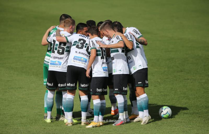 البرازيل ..كوريتيبا ينتزع فوزا متأخرا من بالميراس