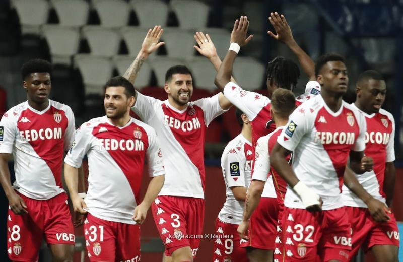 موناكو يسخر من برشلونة عقب فوزه عالى باريس