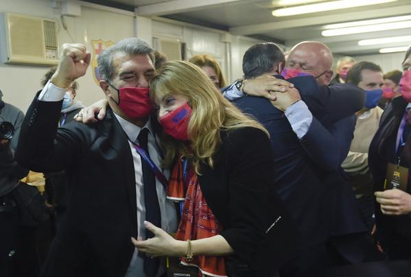 لابورتا يفوز برئاسة برشلونة