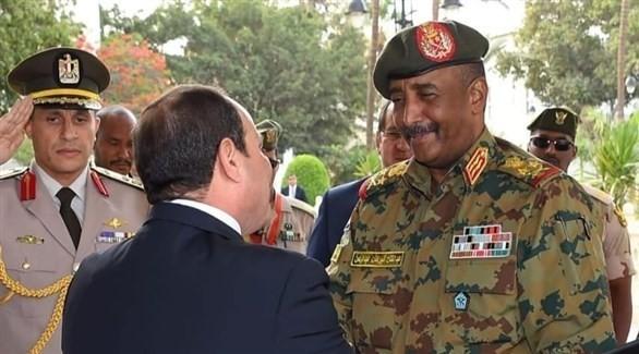 السيسي يهنئ البرهان وشعب السودان بحلول شهر رمضان المعظم