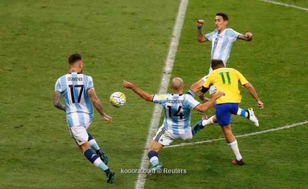 البرازيل بعشر لاعبين تترشح لنصف نهائي كوبا