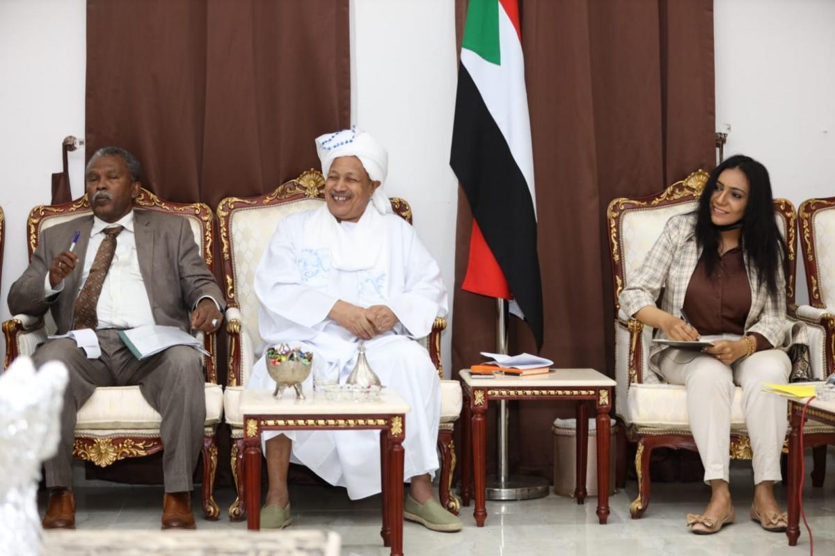 سفارتتا في الدوحة استصافت اول لقاء تشاوري حول مبادرة حمدوك والجالية تدين المحاولة الانقلابية