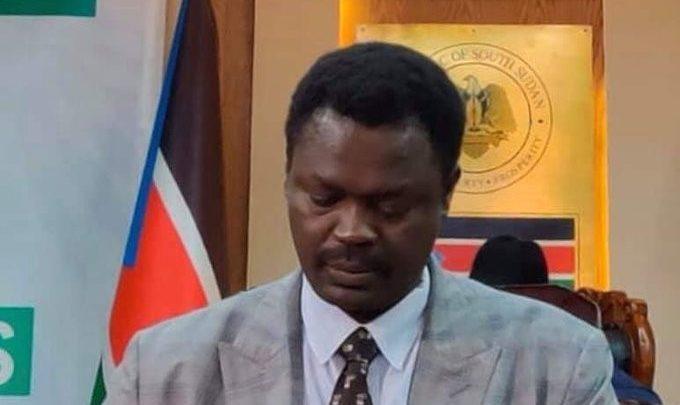 الأمة والاتحادي الموحد يتبرأن من بيان «التغيير» بقيادة مناوي