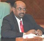 على خلفية ايقاف رئيس تحرير الوفاق .. البشير يعفي الامين العام للمجلس القومي للصحافة والمطبوعات من منصبه