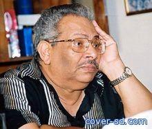 وفاة كاتب الدراما المصري أسامة أنور عكاشة عن 69 عاما