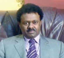 رئيس نادي المريخ يهنيء الامة السودانية بالعيد