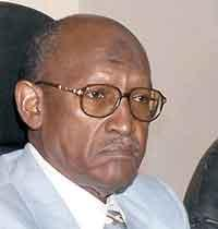 بروفيسور شمو رئيساً لمجلس الصحافة وأبونيغو نائباً له
