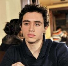 وفاة الممثل السوري الشاب طارق عيسي