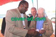 الرئيس الأمريكي جيمي كارتر  يشرف بطولة الاوتاد بالخرطوم