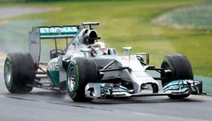 هاميلتون أول المنطلقين في «أستراليا الكبرى» للفورمولا 1