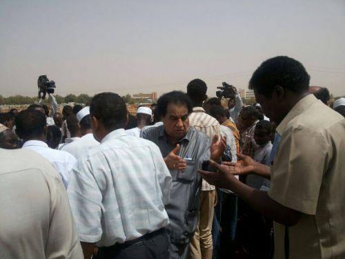 وفاة المذيع عمر عثمان