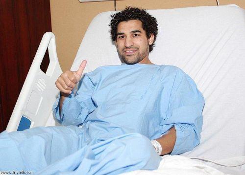 أحمد عطيف يجري عملية جراحية في عضلة الساق