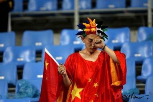 وفاة طالب صيني بسبب خسارة رهانه لكاس العالم
