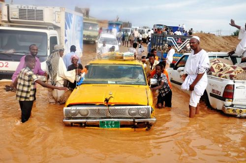 هيئة رعاية البراعم والناشئين والشباب بولاية الخرطوم تناشد منسوبيها للعمل لدرء آثار الأمطار والسيول والفيضانات