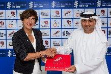"""""""مجلس أبوظبي الرياضي"""" يوقع اتفاقية عالمية مع """"الاتحاد الدولي للتراياثلون"""" لخمسة أعوام"""
