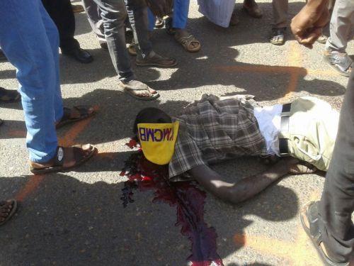 وفاة شابان و اصابة امرأة و طفلها في حادث حركة
