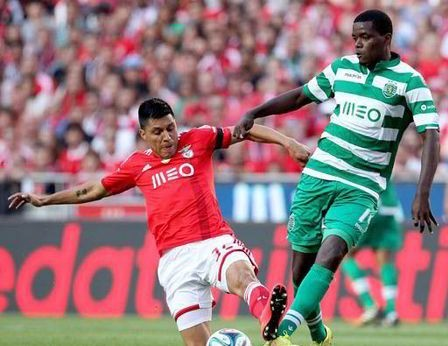 مانشيستر يونايتد يخطط لضم كرفاليو من لشبونة