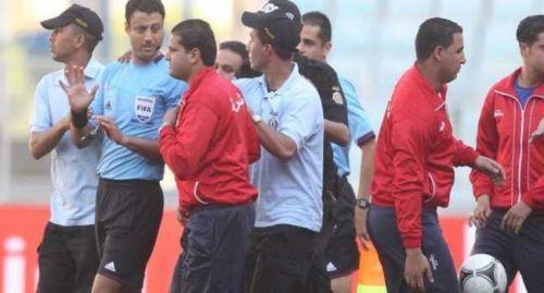 الكاف يعين المثير للجدل التونسي السرايري لادارة مباراة الهلال والغربان
