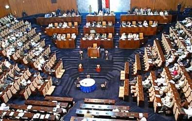 توقيع (85) نائباً فقط في البرلمان السوداني للدعوة الي الجلسة الطارئة بشأن رفع الدعم عن مشتقات نفطية والغاز