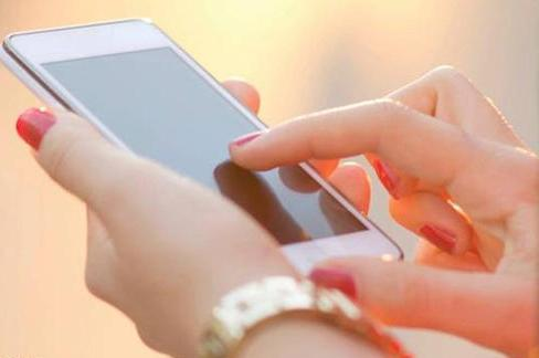 شركة هندية تطلق هاتفا ذكيا بسعر أقل من أربعة دولارات