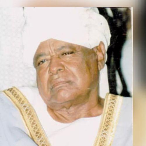 الطيب عبدالله .. رجل اجتمعت لديه قلوب الأهلة واتخذوه زعيماً لامتهم