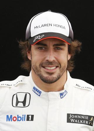 ألونسو يغيب عن سباق البحرين بسبب كسر في ضلوعه